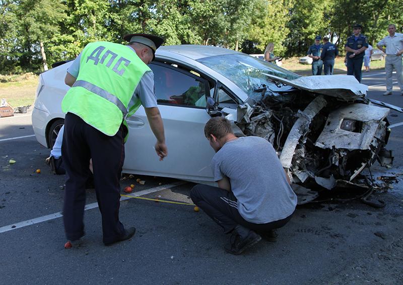 Под Белгородом вДТП смикроавтобусом умер человек