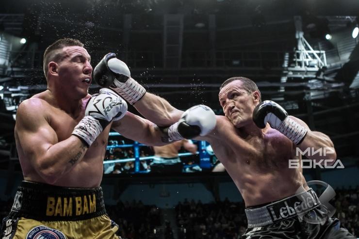 Русский боксер Денис Лебедев защитил титул чемпиона мира WBA