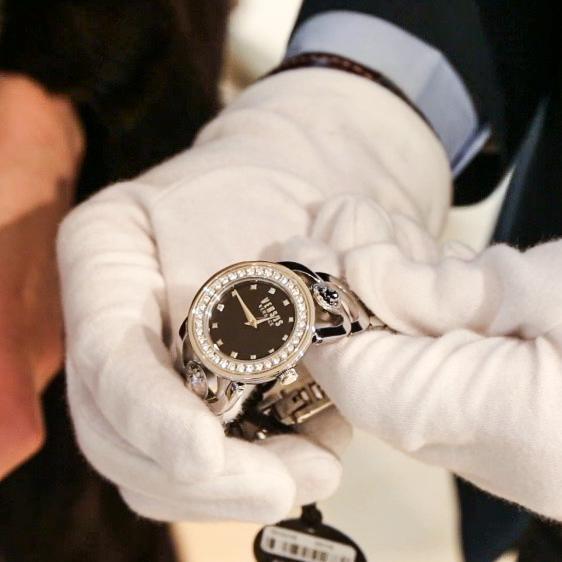 Как выбрать часы в подарок мужчине 49